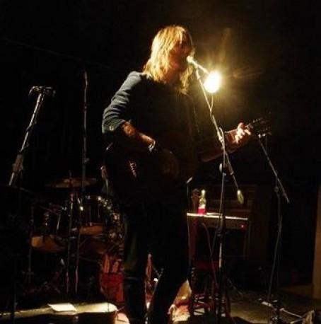 Darren Jones Acoustic at The Broadway